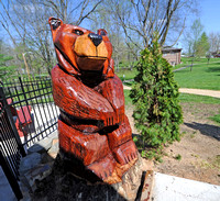 Maintenance man adds bear creation to Riley Park
