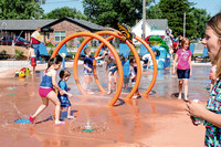 City celebrates splash pad opening