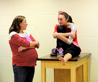 Dragons coach keeps up intensity while pregnant